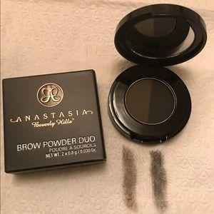 Anastasia Brow Powder Duo in Granite